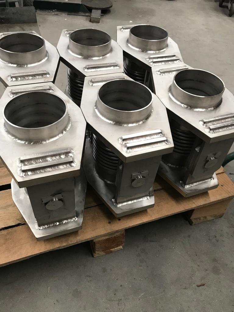 Angular Expansion Joints RSW , 10 bar DN-150